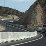 نقاط حادثه خیز جاده های استان زنجان بهسازی می شوند