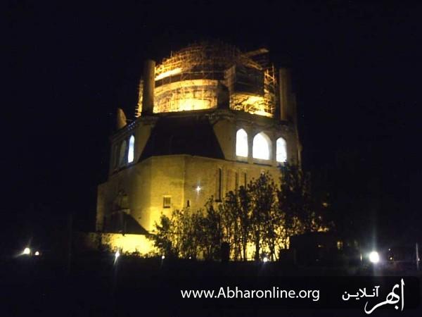 http://AbharOnline.org/wp-content/uploads/2013/06/zanjan-gonbade-soltanie1.jpg